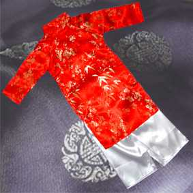 Red Aodai Size 8